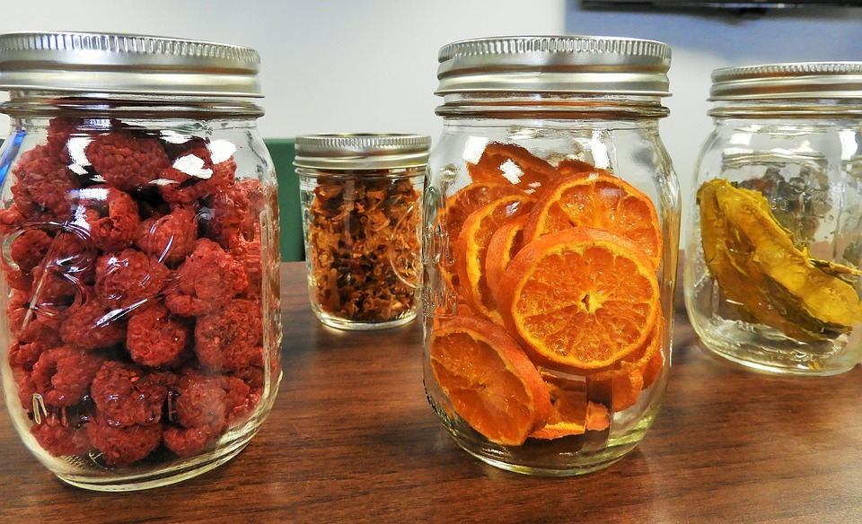 Dehydrated fruits in mason jars